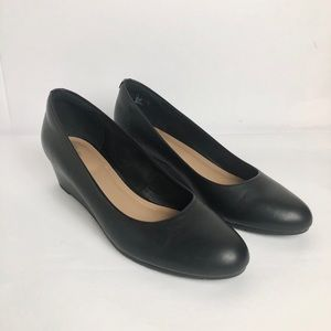 Clarks Artisan Black Leather Wedge Slip On 11 M